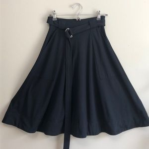 Navy Pocket Middi Skirt
